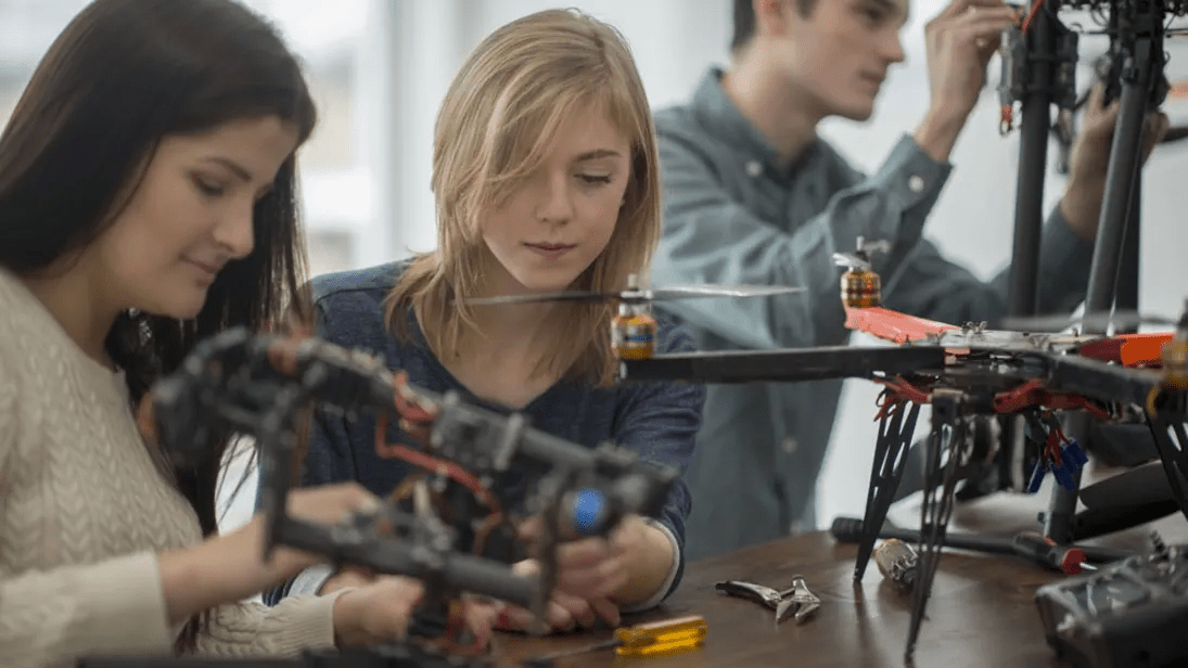 Conrad erbjuder tekniskt sortiment för framtidens ingenjörer