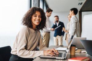 Omotiverade språkkrav i jobbannonser